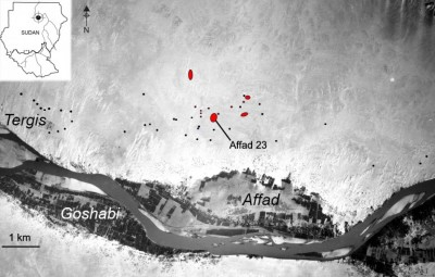 Figure 1. Location of the Late Pleistocene sites within the Affad Basin. Layout and aerial photograph courtesy of the Sudan Survey Department.