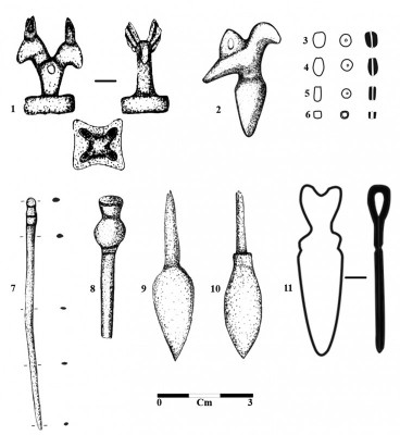 Figure 6. A selection of the finds from the settlement and the graves; bronze artefacts: 1, 2, 6, 7, 9 & 11; agate artefacts: 3, 4 & 5; iron artefacts: 8 & 10.